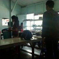 Photo taken at Warung Shinta by Prayoga H. on 2/25/2012