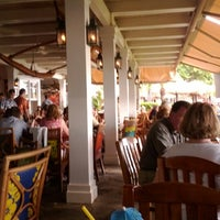Photo taken at Hula Grill Kaanapali by Henry K. on 7/19/2012