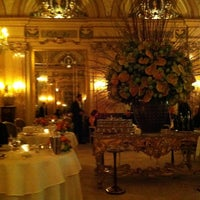 Photo taken at Le Louis XV - Alain Ducasse by Dave d. on 4/1/2012