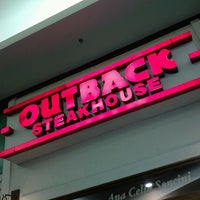 Photo taken at Outback Steakhouse by Leize L. on 8/5/2012