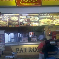 Photo taken at Patroni Pizza by Ivo F. on 8/14/2012