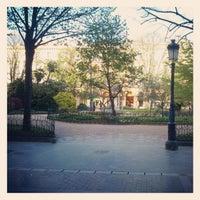 Foto tomada en Plaza Gipuzkoa por Manuel L. el 4/16/2012