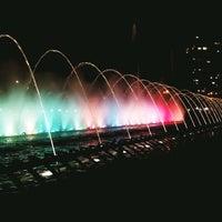 Foto tomada en Fuente del Bicentenario por Marcela A. el 8/7/2012