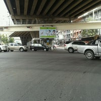 Photo taken at Ratchada-Lat Phrao Intersection by NILINKER on 2/7/2012