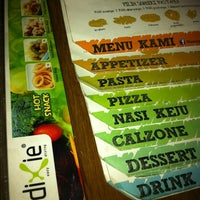 Photo taken at Dixie Easy Dining by Yudhistira P. on 5/25/2012