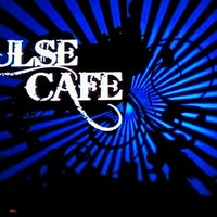 Photo taken at Oasis Pulse Cafe by Benjamin W. on 9/2/2012