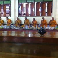 Photo taken at วัดเขาสำเภาทอง by Nattaya C. on 4/15/2012