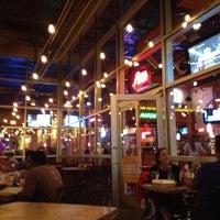 Foto tomada en La Parrilla Mexican Restaurant por Jeny D. el 3/19/2012