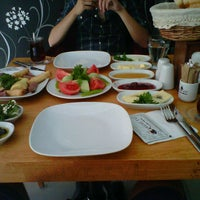 Photo taken at Kahve Evi by Mehmet H. on 8/30/2012