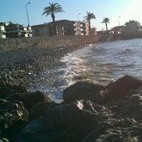 4/22/2012 tarihinde Gül B.ziyaretçi tarafından Güzelbahçe Sahili'de çekilen fotoğraf