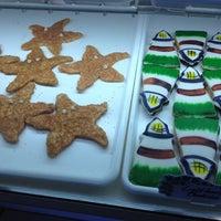 Снимок сделан в Montauk Bake Shoppe пользователем Veronica D. 8/1/2012