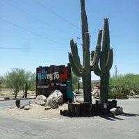 6/10/2012 tarihinde Vanessa W.ziyaretçi tarafından Horny Toad'de çekilen fotoğraf