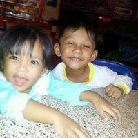 Photo taken at Perniagaan Teman Baru by Abg R. on 5/30/2012
