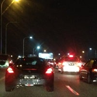 Photo taken at Federal Highway by William Lye Wei Wern on 2/26/2012