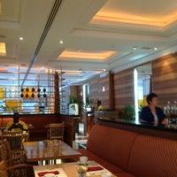 Photo taken at Four Points By Sheraton Downtown Dubai by Marta Cibeli on 6/8/2012