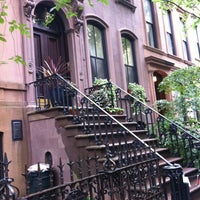 Photo taken at Carrie Bradshaw's Apartment from Sex & the City by Lena K. on 8/1/2012