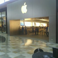 Photo taken at Apple Brandon by Neil K. on 9/11/2012