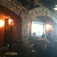 Foto tirada no(a) Fratelli Restaurante e Pizzaria por Aline G. em 3/8/2012