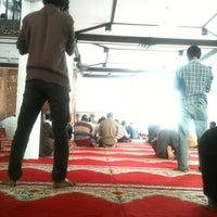 Photo taken at Masjidul Ibrahim by Shujau on 7/29/2012