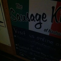 Photo prise au The Sausage King of Nashua par Justin W. le4/29/2012
