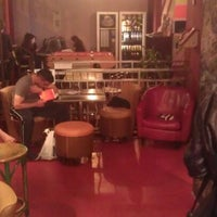 4/19/2012 tarihinde Paul S.ziyaretçi tarafından Hostel Le Montclair'de çekilen fotoğraf