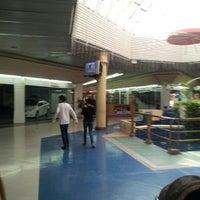 Foto tomada en C.C. Albán Borja por Luis C. el 8/26/2012