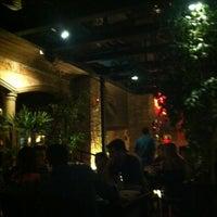 Photo taken at Fabbrica Di Pizza by Ricardo O. on 8/6/2012