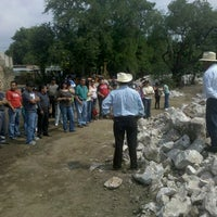 Photo taken at Itza by J.H. Milintoc on 6/23/2012