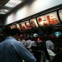 Photo taken at McDonald's by Thiago on 7/12/2012
