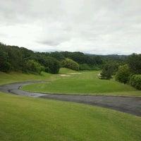Photo taken at Kobe Pine Woods Golf Club by Fukuda K. on 6/16/2012