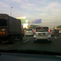 Photo taken at Exit 1404A/B/C Pandan Interchange by Hasliza on 3/26/2012
