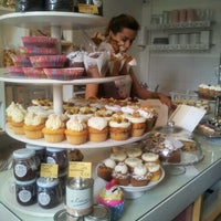 Photo taken at MoMade Cupcakes by Petra D. on 5/20/2012