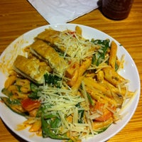 Photo taken at Noodles & Company by Mizzmaricel on 2/18/2012