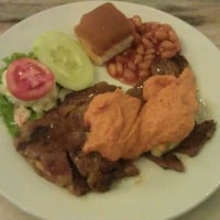 Photo taken at Polperro Fish & Steak by Hafeez R. on 2/27/2012