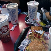 Снимок сделан в Burger King пользователем Matias I. 7/5/2012