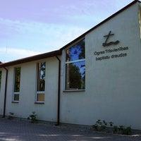 Photo taken at Ogres Trīsvienības Baptistu Draudze by Ogres Novada tūrisma informācijas centrs on 8/8/2012