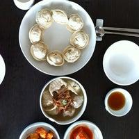 Photo taken at 자하손만두 by Kirinji on 6/3/2012