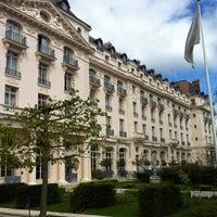 Trianon palace versailles a waldorf astoria hotel notre dame 1 boulevard de la reine - Piscine bassins anniversaire versailles ...