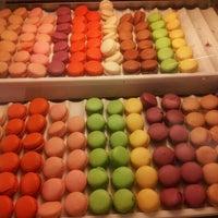Photo taken at Beyaz Fırın & Brasserie by Seda A. on 8/14/2012