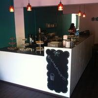 Photo taken at Destino Cupcakery by Tannia V. on 5/19/2012
