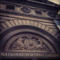 Foto tirada no(a) National Portrait Gallery por Patty L. em 8/2/2012