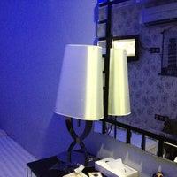 Photo taken at Arenaa Mountbatten Hotel by Polovnikova K. on 3/1/2012