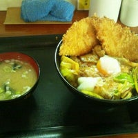 Photo taken at キッチン男の晩ごはん 三鷹店 by go for broke on 5/31/2012