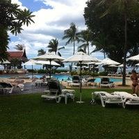 Photo taken at Centara Grand Beach Resort & Villas Hua Hin by Leng R. on 7/15/2012