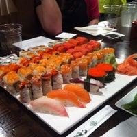 Снимок сделан в Sushi X пользователем Lissa B. 3/17/2012