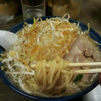 Photo taken at Ramen Benkei by Kazuki H. on 9/9/2012