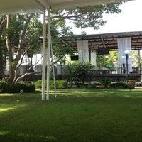 Photo taken at Cafe Martinique by Elton O. on 7/28/2012
