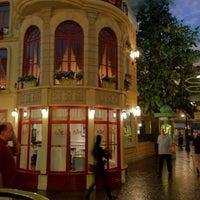 3/30/2012 tarihinde C W.ziyaretçi tarafından Le Cafe Ile St-Louis'de çekilen fotoğraf