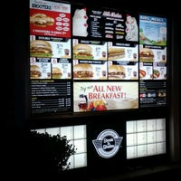 Photo taken at Steak 'n Shake by 'Guillermo V. on 3/31/2012