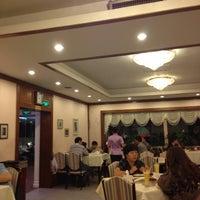 Photo taken at 香満楼 by Павел🍀 Ч. on 8/23/2012